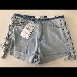 Jean shorts, mid waist